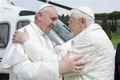 former pope benedict returns to vatican